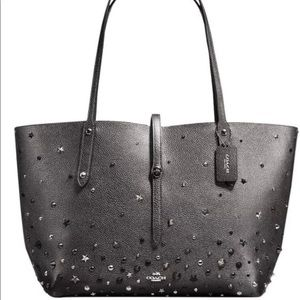 Coach market tote graymetallic leather star rivets